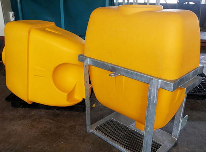 Eksempel på  Rotationsstøbning  af plastemne